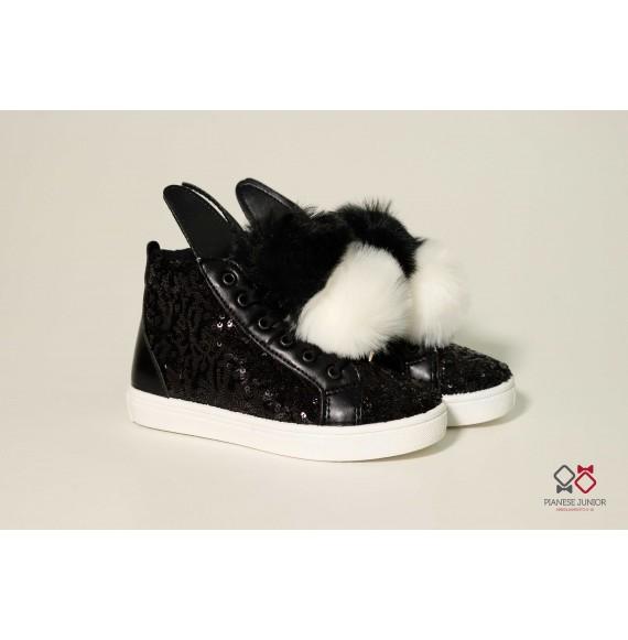Sneakers alta in pelle con pon pon(34/38)