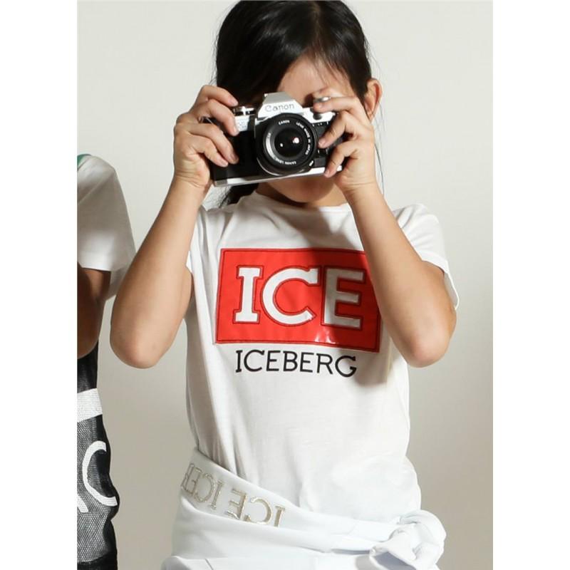 c47dd39bef71ac ICEBERG - T-shirt con patch ICE