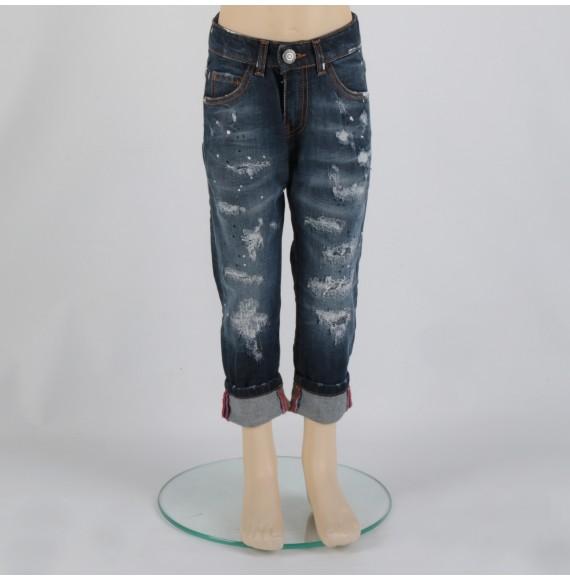 Jeans multilavaggio con strappi e cuciture