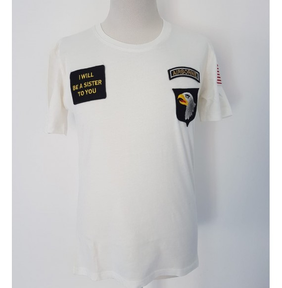 FALORMA - T-shirt girocollo con patch AIRBORNE