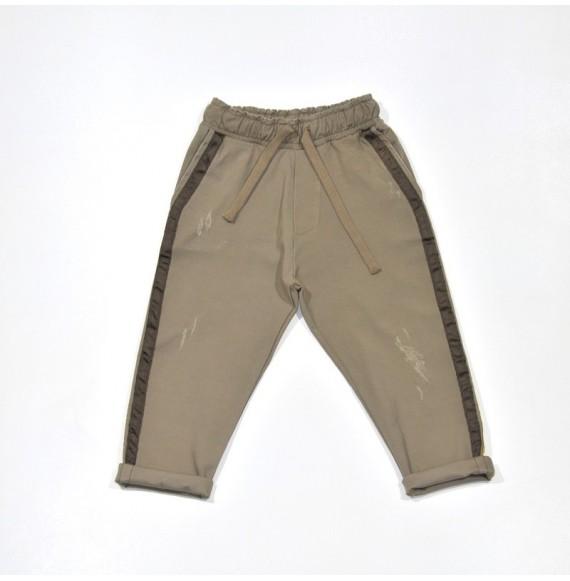Pantalone con elastico in vita e bande laterali