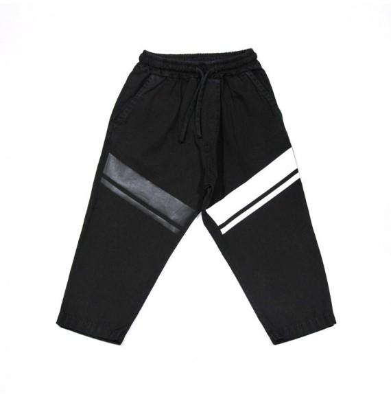 Pantalone con elastico in vita e stampa in diagonale