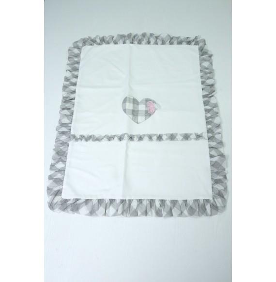 Ciccino - Copertina in cotone con cuore e rouches